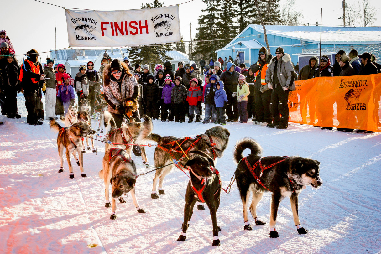 Past Iditarod champion Jeff King with his team in Shungnak during Kobuk 440. Photo: Francesca Fenzi, KNOM (2015)
